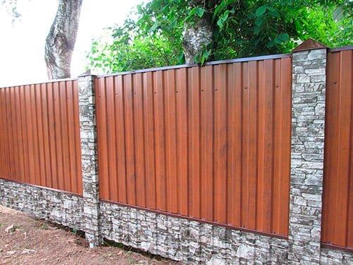 забор из профнастила металлопрофиля