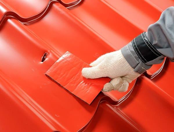 ремонт кровли из металлочерепицы