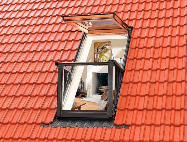 Окна балконного типа